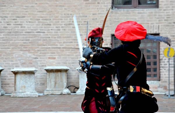 Carnevale Ferrara duellanti