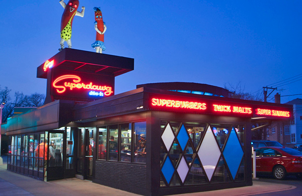 Plate by Plate: The Superdawg at Superdawg