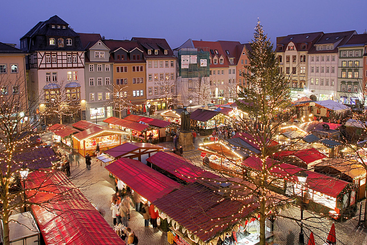 mercato natale neve