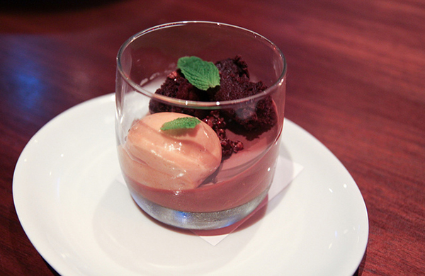 Milk Chocolate Pot De Crème @ RN74