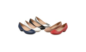 Journee Collection Womens Comfort-sole Classic Heels