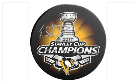Autographed Evgeni Malkin Pittsburgh Penguins Puck Stanley Cup Champio 2afb9ff2-87cb-4b07-b011-6d3d59060298