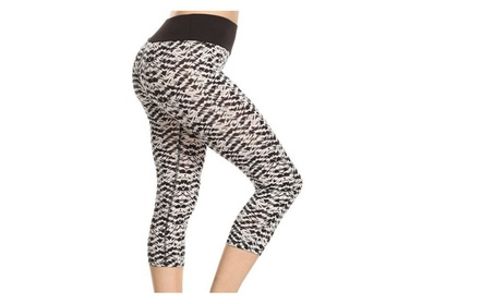 Black and White Abstract Print Activewear Capris 70a41ca0-cd97-45d6-94e4-352aaabb537d
