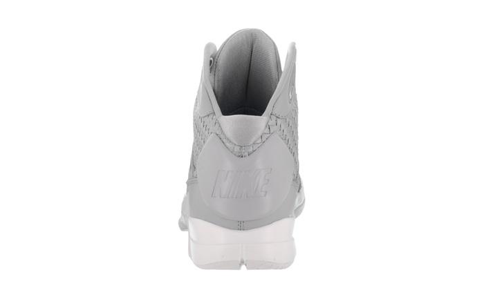 c5b4e8d4466c Up To 18% Off on Nike Men s Hyperdunk Lux Bask...