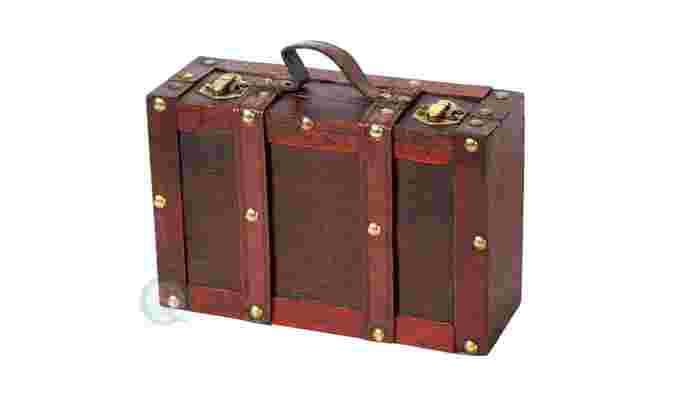 Decorative Gifts: Old-fashioned Small Suitcase with Straps