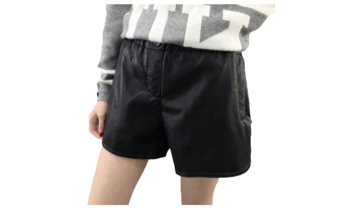 Women's Pull On Style Loose Fit Straight Shorts