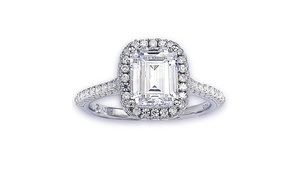 Suzy Levian Bridal Sterling Silver Cubic Zirconia Halo Engagement Ring