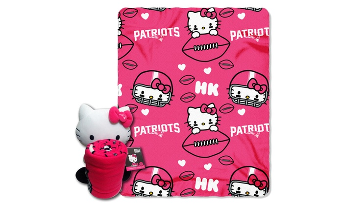 027 Patriots Hello Kitty  with Throw