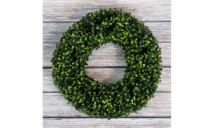Groupon Goods: Pure Garden Boxwood Wreath - 16.5 inch Round