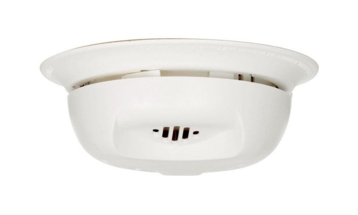 First Alert Sa303cn3 Smoke Alarm Ionization, 9 Volt, 85 Db