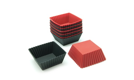 Freshware 12-Pack Silicone Square Muffin Baking Cup, Red and Black bbcef410-0f62-4f79-b013-aa7084bfff09