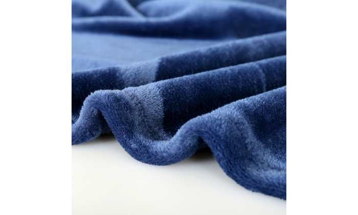 Up To 55 Off On Reafort Ultra Soft Flannel Fl Groupon Goods