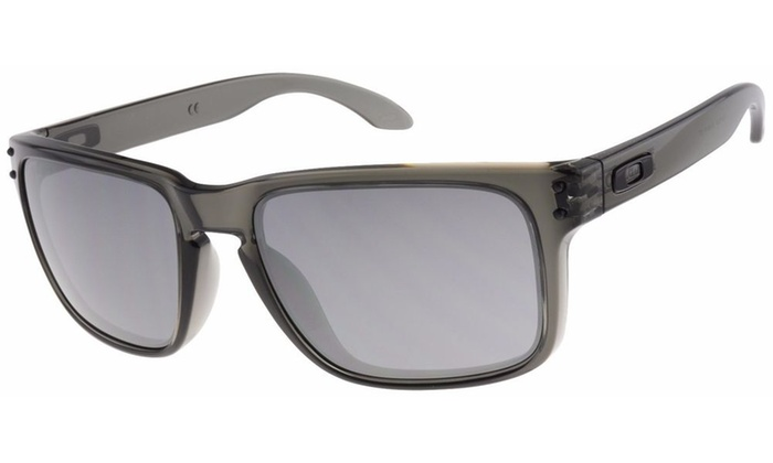 d5352b3762 Oakley Holbrook Sunglasses OO9102-24 Grey Smoke Black Iridium Lens Grey  Smoke UV O-Matter OO9102-24 57 18 137