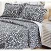 Textiles Plus Home Decor Damask Black and White Quilt Bedding Set
