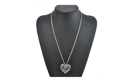 Two Leaves Pendant Clavicle Necklaces For Women 403f6c28-bb27-4417-947b-e04bf54d99d8