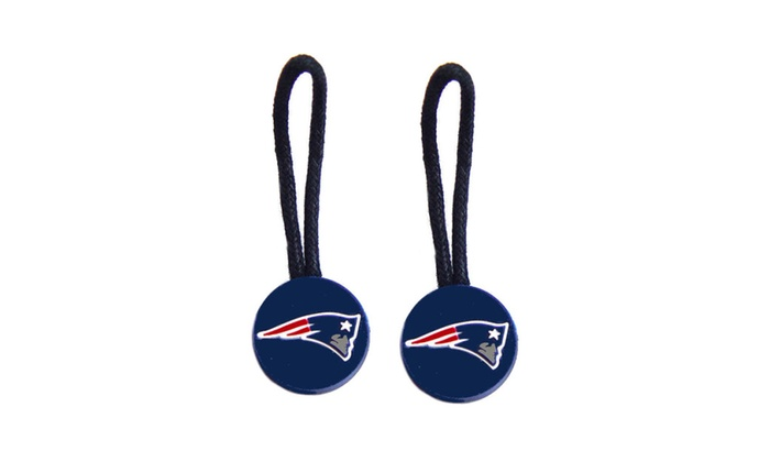 Up To 21% Off on NFL Zipper Pull | Groupon Goods