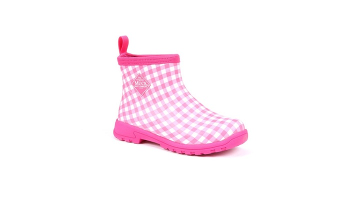66ade6b274be Womens Pink Breezy Cool Ankle Rain Boots Muck Summer Garden