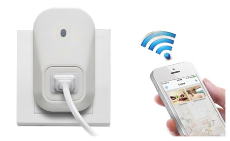 Smart WiFi-Controlled Wall Outlet 896449b4-13aa-4054-a274-2a3b3f0177a6