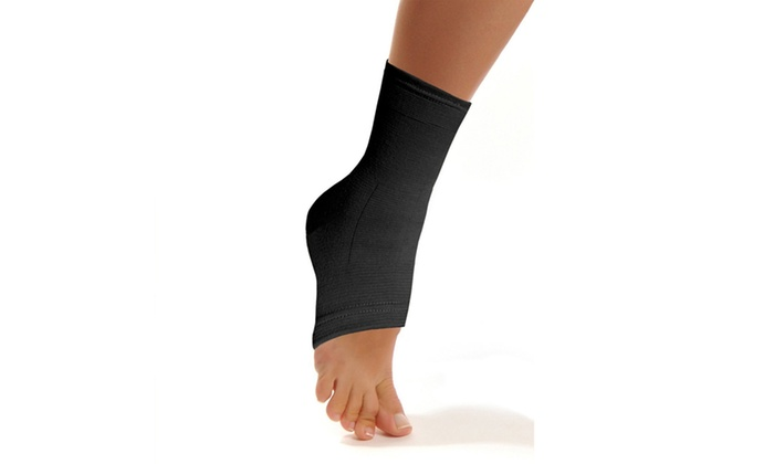 b6689d9823 Ankle Brace Compression Support Sleeve Ankle Compression Socks for ...