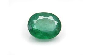 5.0 CTW Genuine Oval Shape Emerald Stone in Jewel Case