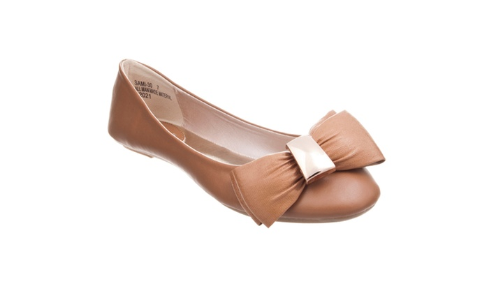 Riverberry Women's 'Sami' Bow-front Ballet Flat, Natural