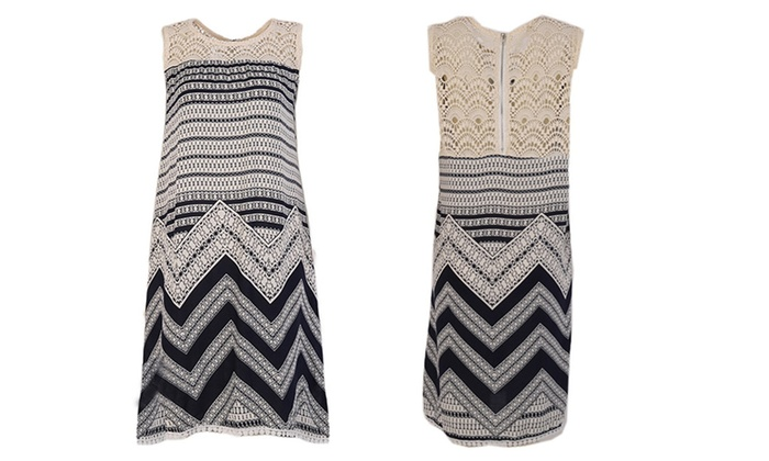 Lewis Judy: Sexy Hollow Lace Dress Women Wave Striped Sleeveless O-neck Loose Tank