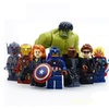 8pcs / Hulk and American Captain American character toy