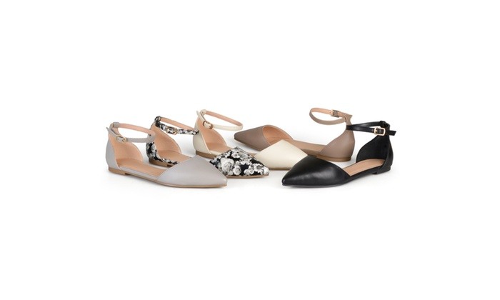 Journee Collection Womens Almond Toe Flats