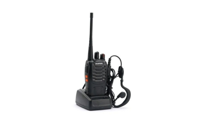 Baofeng BF-888S UHF 400-470MHz 5w Two-way Ham Radio Ht + Earpiece
