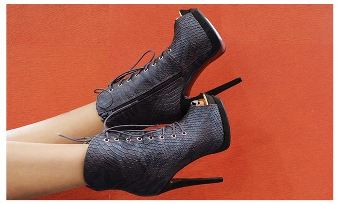 Manhattan 7 Women's Heels