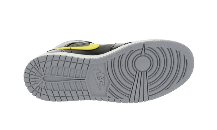 29b001f6bfeaba Nike Jordan Kids Air Jordan 1 Mid BG Basketball Shoe