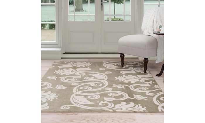 Groupon Goods: Floral Scroll Area Rug 8'x10' - Green & Ivory