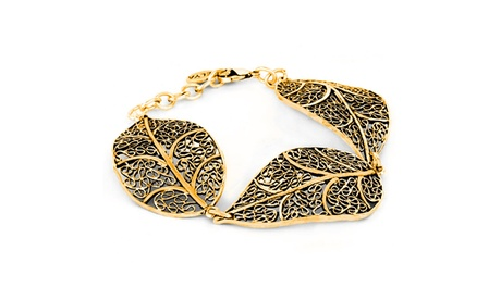 Antiqued Gold tone Leaf Filigree Link Bracelet f05420e4-e774-42e5-a895-5ab6dce145dc