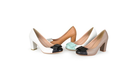Journee Collection Womens Two-tone Round Toe Bow Pumps c748cf82-41d4-4cd5-8bcd-1ce4e9f7f7ee