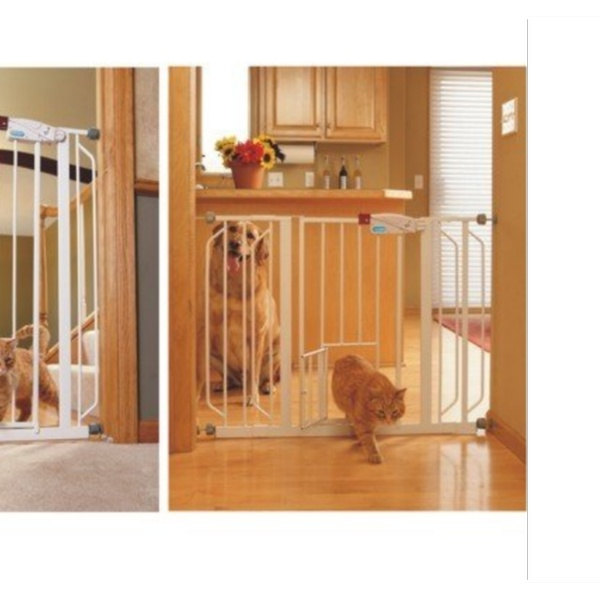 29 to 44-Inch Carlson Extra Wide Walk Through Gate with Pet Door