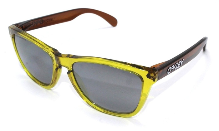 bcd67b1327 Up To 41% Off on Oakley Frogskins Moto Square ...