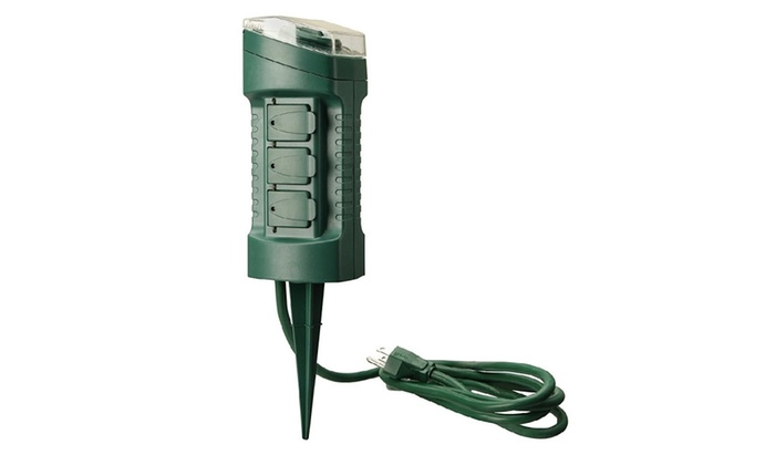 Outdoor Yard Stake With Photocell And