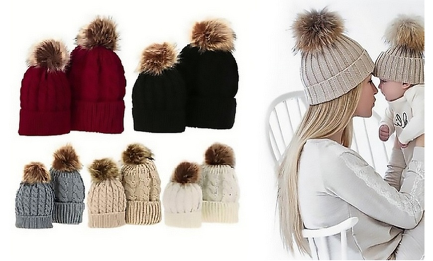 Mom and Daughter matching hats Winter hat faux fur pom pom. Mom hats Hats with pompons Set for Mummy and baby 2 hats