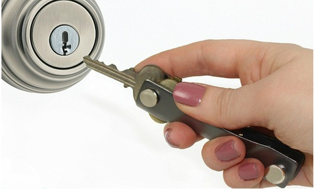 Smart Compact Expandable Key Ring Organizer photo