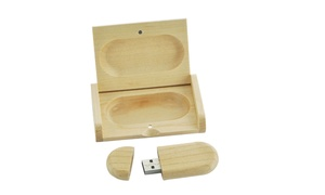 Wooden USB Memory Stick with Storage Box