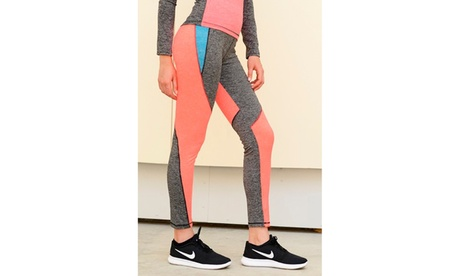 Seamless Performance Legging Size: S-M-L cce248d6-85a9-436b-a6d6-da282fb528cb