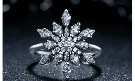 Crystal Snowflake Ring Made With Crystals From Swarovski