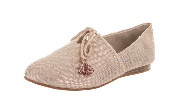 21f8fe22e04 Toms Women s Kelli Slip-On Shoe