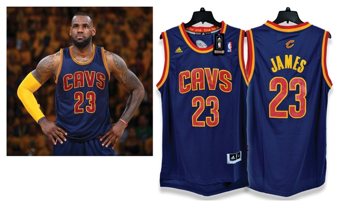 Lebron James Cleveland Cavaliers Navy Blue Jersey (Size Adult Medium)