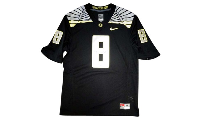 new product 1a340 d2e7a Autographed Marcus Mariota Oregon Ducks Black Nike Jersey