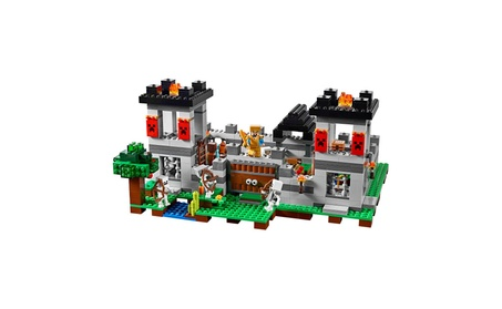 LEGO® Minecraft™ The Fortress 21127 16f29a62-6479-48f6-be04-dbbdd5944d9f