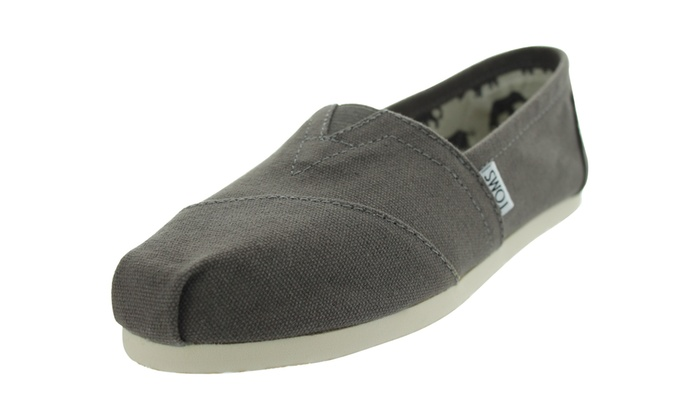 71be81a41ee Up To 20% Off on TOMS Classics Canvas Casual S...
