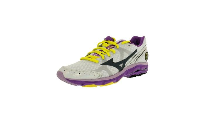 designer fashion 17522 8a633 Mizuno Women's Wave Rider 17 Running Shoe