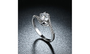 1.00 CTTWEngagement Cut Floral White Crystal Pav'e Ring Set in 18K Gold