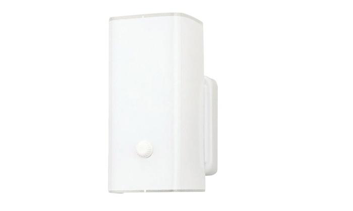 Westinghouse 66401 Single Light Wall Bracket Fixture, 4-1/2 x 7-1/2